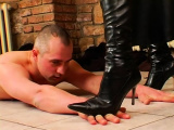 Horny fetish act with dude getting dominated by sexy chick